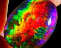 15.48Ct Bright Rainbow CONTRALUZ Effect Ethiopian Welo Crystal Opal