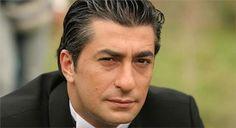 Haberin Ola! | Ünlü oyuncu Erkan Petekkaya'yı denize attılar - Ünlü oyuncu Erkan Petekkaya, Muğla'da çıkan bir kavgada denize atıldı.