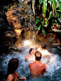 """Tekuani-Kal uno de los mejores hoteles para quedarse el """"finde"""" en la Playa El Tunco, #ElSalvador."""