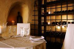 Katikies Hotel : Room for Romance : Luxury Hotel, Romantic Weekend Break, Luxury Hotels Romantic Breaks, Romantic Escapes, Hotel Breaks, Weekend Breaks, Romance, Restaurant, Santorini Greece, Luxury Hotels, Rooms