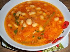 Ciorba de fasole Bean Recipes, Soup Recipes, Vegetarian Recipes, Cooking Recipes, Healthy Recipes, Romania Food, Hungarian Recipes, Vegan Dishes, Soups And Stews