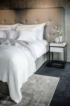 Master Bedroom Interior, Home Decor Bedroom, Modern Bedroom, Hotel Room Design, Shabby Chic Interiors, New Beds, Interior Design, Baby Room Girls, Head Boards