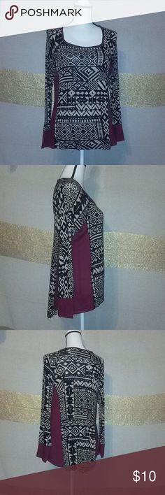 Bobeau high low long sleeve tribal shirt Tan, black and maroon color. Very thin material on the tribal print. The maroon print is thick like long johns. Sleeve length: 24 inches Length: 28 inches at longest point Pit to pit: 19 inches Small hole in back, see photos.  No stains. From a pet friendly, smoke free, woodstove burning house. bodeau Tops Tees - Long Sleeve