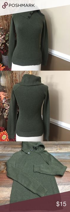 Sage / army green sweater Perfect condition comfy sweater.. a combination of sage & army green. GAP Sweaters Cowl & Turtlenecks