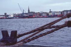 Irland 1978 - ETH-Bibliothek | Crowdsourcing Dublin, Sailing Ships, New York Skyline, Boat, Travel, Ireland, Viajes, Dinghy, Boats