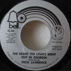 """vicki lawrence """"the night the lights went out in georgia"""""""