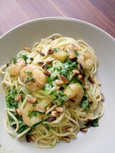Pasta Scampi e Spinaci alla Vapiano, ein sehr schönes Rezept aus der Kategorie Saucen. Bewertungen: 100. Durchschnitt: Ø 4,5.