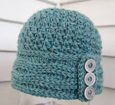 Cute free hat tutorial with lots of visuals including video instructions! Really great.