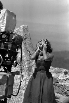 Taylor. Showing desperation. In front of the camera.Suddenly Last Summer. '59.