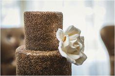 Vintage Meets Glam Wedding Inspiration - Belle The Magazine Metallic Wedding Cakes, Gold Glitter Wedding, Sequin Wedding, Diy Wedding, Dream Wedding, Wedding Ideas, Toronto Wedding, Wedding Venues, Wedding Company