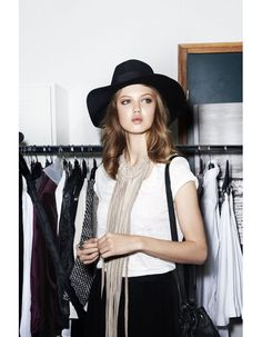 H and M s'inspire du style des mannequins http://www.vogue.fr/mode/news-mode/diaporama/h-m-s-inspire-du-style-des-mannequins/12437#4