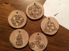 Coasters, Wood, Diy, Woodwind Instrument, Bricolage, Coaster, Timber Wood, Do It Yourself, Trees