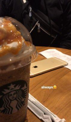 Starbucks Drinks, Coffee Drinks, Starbucks Recipes, Food N, Food And Drink, Rauch Fotografie, Relationship Goals Tumblr, Funny Instagram Memes, Snap Food