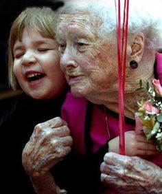 Beauty is in the eye of the beholder...    ruthdemitroff via Jeanne Thomas onto Growing older