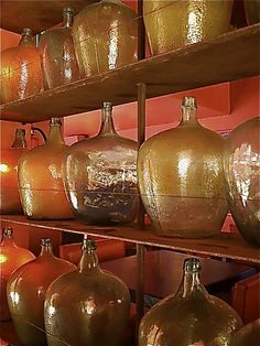 #Mezcaleria en #Mexico. Bebidas que tienen toda la historia y la tradición en sus intensos sabores.