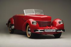 The Cord 810 was the first car to feature retractable headlights back in Vintage Cars, Antique Cars, Vintage Auto, Vintage Signs, Convertible, Auburn Car, Cord Car, Automobile Companies, British Sports Cars