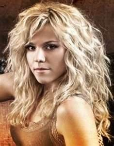 Kimberly Perry - I like her hair style