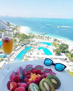 Breakfast with a view | Riu Palace Peninsula, Cancun, Mexico