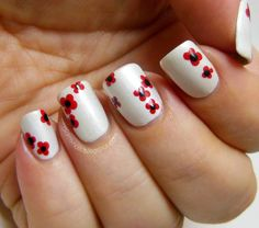 Flower nail art poppies for Remembrance Day, over Orly Au Champagne dotting tool Diy Nails, Cute Nails, Pretty Nails, Fancy Nails, Gorgeous Nails, Seasonal Nails, Holiday Nails, Beautiful Nail Designs, Cute Nail Designs