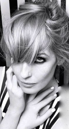 Kelly Reilly - InStyle by Rankin, March 2013 Kelly Riley, Stunningly Beautiful, Beautiful Women, Cole Hauser, Katrina Bowden, Black And White People, Jennifer Connelly, Ginger Hair, Photography Women
