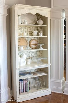 Chateau Grey Chalk Paint® was used to stencil this beautiful corner hutch while the body was painted with Old White. Lovely project by the Polka Dot Chair!