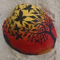 Painted Clam Shell #shellart #butterflies #treesilhouette #sunset #acrylic…