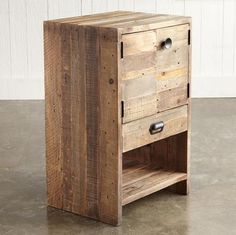 Reclaimed wood/Pallet wood bedside table. The link leads you to a Spanish web site, no how to's but some really good stuff. Love the look & texture of this piece & I think you could make it fairly easily too ;)
