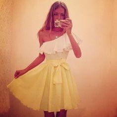 Размеры: S, M, L Материал: Полиэстер Цвет: светло-жёлтый Цена: 1800 р Артикул: DR22 кокетка, на одно плечо, летнее платье, открытые плечи, light yellow dress
