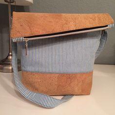 Umhängetaschen - FoldOver Tasche, Schultertasche, Kork - ein Designerstück von Kleine-Wollbude bei DaWanda