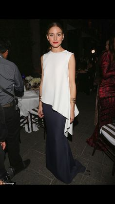 Olivia Palermo: See Her Best 30 Outfits and Dresses Ever - Glamour Olivia Palermo Lookbook, Olivia Palermo Style, Olivia Palermo 2017, Carolina Herrera, 30 Outfits, Look Fashion, Womens Fashion, City Fashion, Fashion Glamour