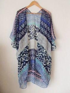 ダイソー リメイク スカーフ Kimono Fashion, Diy Fashion, Fashion Beauty, Womens Fashion, Clothing Patterns, Sewing Patterns, Fabric Yarn, Elvis Presley Photos, Beautiful Outfits
