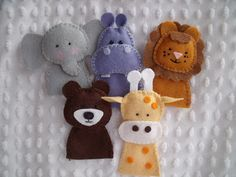 Felt finger puppet ideas, African animals Felt Puppets, Felt Finger Puppets, Hand Puppets, Felt Diy, Felt Crafts, Sewing Projects, Craft Projects, Puppet Patterns, Sewing Patterns