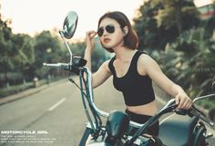 MOTORCYCLE GIRL -