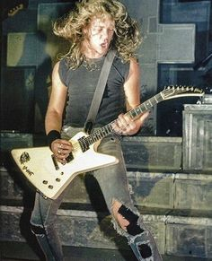 This pic is so fkn brutal! Metallica Concert, Metallica Art, Music Icon, Art Music, James Hetfield Guitar, Jason Newsted, Robert Trujillo, Heavy Metal Bands, Thrash Metal
