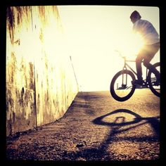 maaah0994 on PIXMOS  pogo barspin out  http://pixmos.net/photo/113893909201632023