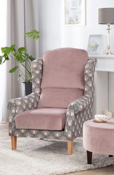Kolekcia látok Gardenia - nádherná novinka v našej ponuke. #kvety#metraz#latky#tkaniny#novinka#obyvacka#zavesy Wingback Chair, Armchair, Accent Chairs, Velvet, Fabric, Furniture, Home Decor, Hipster Stuff, Asylum