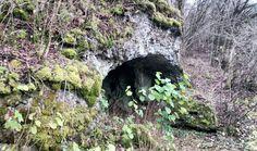 Fels mit Höhle in der Nähe von Pegnitz.