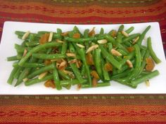 Roasted Green Beans with Dried Apricots and Pecans Roasted Green Beans, Dried Apricots, Pecans, Salads, Magazine, Vegetables, Food, Essen, Magazines