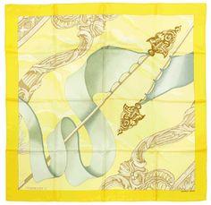 5752996a2045 282 meilleures images du tableau Foulards Hermès   Silk scarves ...