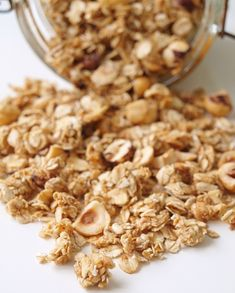Granola med vanilj Brunch Recipes, Breakfast Recipes, Snack Recipes, Healthy Recipes, Candy Drinks, Breakfast Time, Candy Recipes, Lchf, Paleo