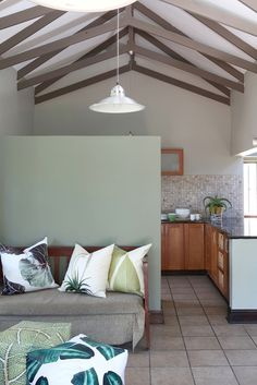Plascon Spaces Magazine strives to listen and understand our customers' needs, and provide guidance and inspiration. Plascon Paint Colours, Wall Colors, Paint Colors, Decorating Small Spaces, Colorful Interiors, New Homes, Wall Decor, House Styles, Pleasant Hill