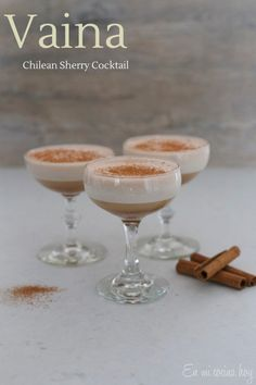Chilean Sherry Cocktail - En Mi Cocina Hoy Sweet and easy, perfect for before dinner. Ponche Recipe, Chilean Recipes, Chilean Food, Donuts, I Chef, English Food, Latin Food, Unsweetened Cocoa, International Recipes