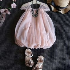 New Ideas for baby outfits newborn summer Baby Summer Dresses, Dresses Kids Girl, Kids Outfits, Summer Baby, Fall Baby, Kids Dress Wear, Kids Gown, Kids Dress Up, Baby Dress Design