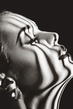 """marabc: """"Deseo Sólo tu corazón caliente,y nada más… Un reposo claroy allí nuestros besos,lunares sonorosdel eco,se abrirían muy lejos. Y tu corazón caliente,nada más."""" Federico García Lorca"""