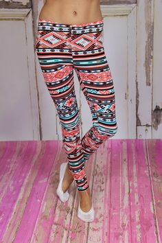 Modern Vintage Boutique - I want Aztec Leggings, $32.00 (http://www.modernvintageboutique.com/i-want-aztec-leggings.html)