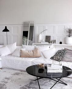 30 Gorgeous Scandinavian Interior Design You Should See Interior Design Hd, Interior Decorating, Room Interior, Living Room Inspiration, Interior Inspiration, Pretty Things, Modern Scandinavian Interior, Scandinavian Style, Cozy House