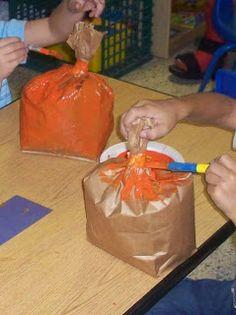 Fall Preschool Activities, Kindergarten Crafts, Classroom Crafts, Halloween Activities, Preschool Crafts, Daycare Crafts, Fall Crafts For Kids, Toddler Crafts, Ec 3