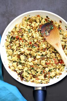 Tofu Bhurji - Vegan Bhurji or Akoori . Indian Scrambled eggs. Tofu scrambled with onion, tomato, cilantro and cumin for a delicious Eggless Bhurji Scramble Breakfast. #Vegan #Glutenfree #Nutfree #Recipe #VeganRicha #indianRecipe #tofuburji Can be soyfree.