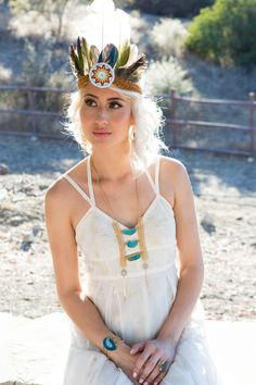 Native American wedding headdress and turquoise  & I pinned it cuz it looks like you Torch (weirdly like u...)