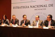 El gobernador y el titular de Liconsa, Héctor Pablo Ramírez, encabezan reunión de evaluación de la Estrategia Nacional de Inclusión Social, donde el funcionario federal reconoce que aquí, más que ...